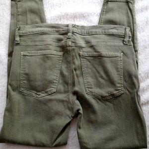 Current/Elliott Sage Green Skinny Jeans 30